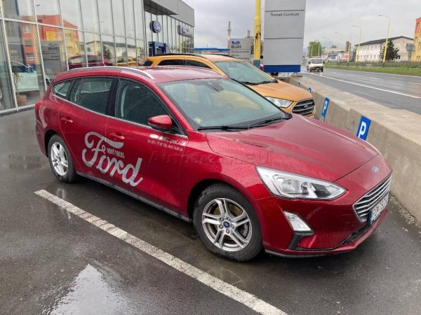 FORD FOCUS KOMBI 1.0 ECOBOOST EDITION